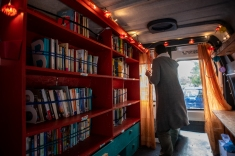Artists' squart and ECHO mobile library, Athens